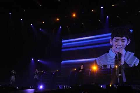 5b91b8659d3e8 2AM、2PMの武道館公演に登場! 日本デビュー作の購入者イヴェント決定 - TOWER RECORDS ONLINE