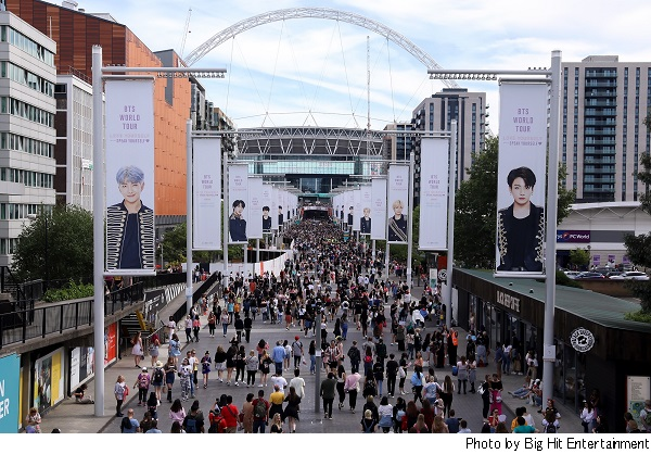 Bts 韓国アーティスト初の英ウェンブリー スタジアム公演2デイズで12